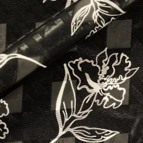 Carnet Couture print on jacquard chiffon pied de poule fabric
