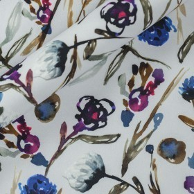 Carnet Style floral watercolor print on stretch crèpe fabric
