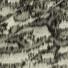 Carnet Style mohair effect jacquard jersey fabric