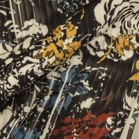 Ungaro album floral print on pleated fabric