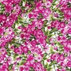 Floral macramé