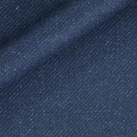 Plain color in pure virgin wool and silk