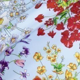 Floral print on silk