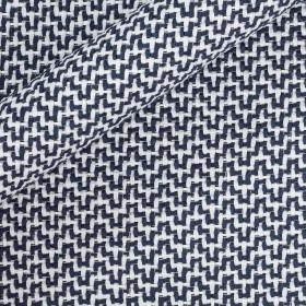 Yarn-dyed with geometric pattern